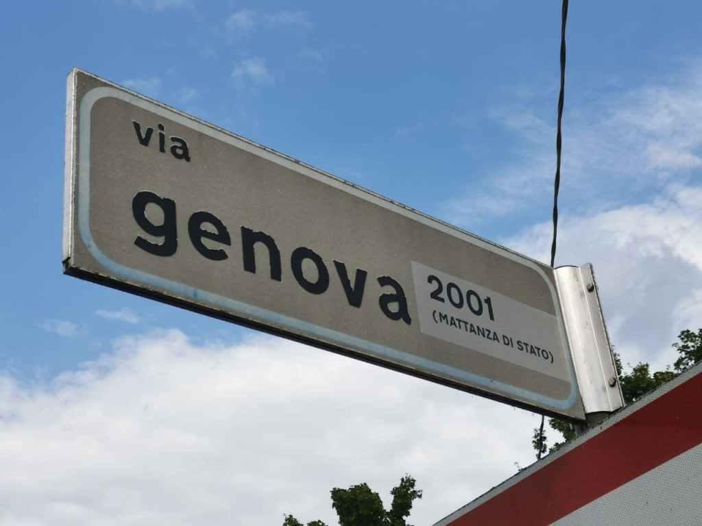 via Genova 2001 (Mattanza di Stato) Reggio Emilia